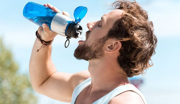 Why_Choose_A_Reusable_Water_Bottle