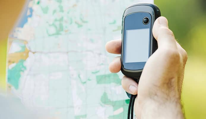 Why_Use_Handheld_GPS_For_Hiking_Can_t_I_Just_Use_My_Phone