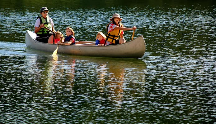 10_Health_Benefits_Of_Kayaking_And_Canoeing