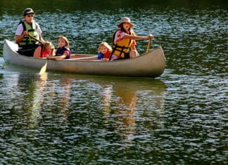 5_Fun_Canoe_Games_And_Activities
