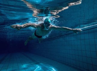 Best_Swimming_Gloves