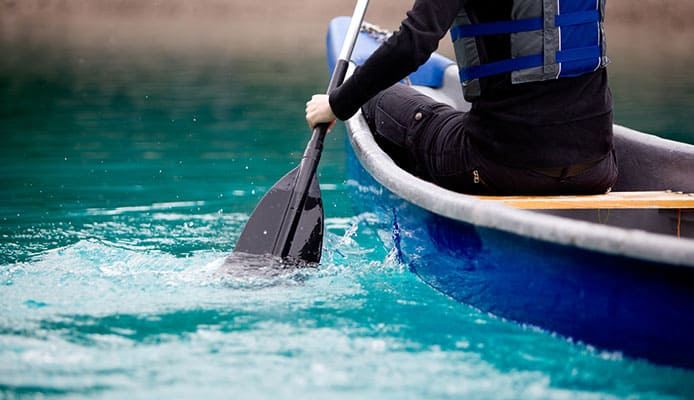 Canoe_Self_Rescue_Technique_How_To_Get_Into_A_Canoe_From_Water