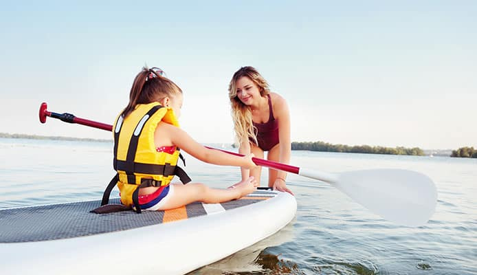 Fiberglass_SUP_vs._Inflatable_SUP_Comparisson_Guide
