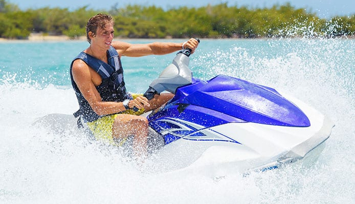 How_To_Choose_A_Life_Jackets_For_Jet_Ski