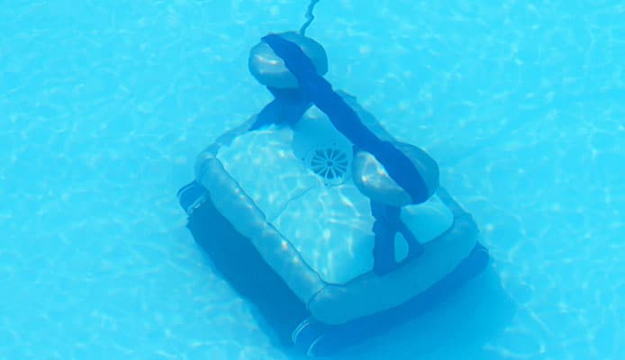 How_To_Choose_A_Robotic_Pool_Cleaner