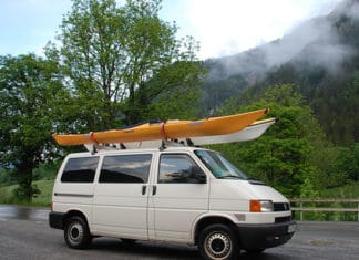 How_To_Properly_Strap_Two_Kayaks_To_A_Car_Roof_Rack