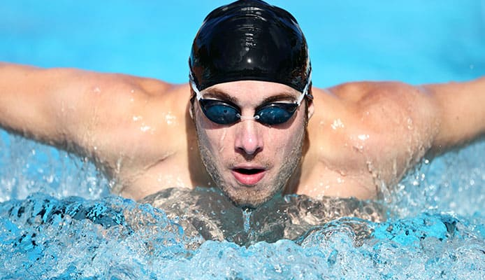 How_To_Properly_Put_Swimming_Cap