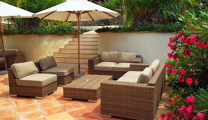 How_To_Choose_A_n_Outdoor_Furniture_Cover