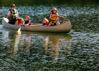 How_To_Repair_A_Fiberglass_Canoe