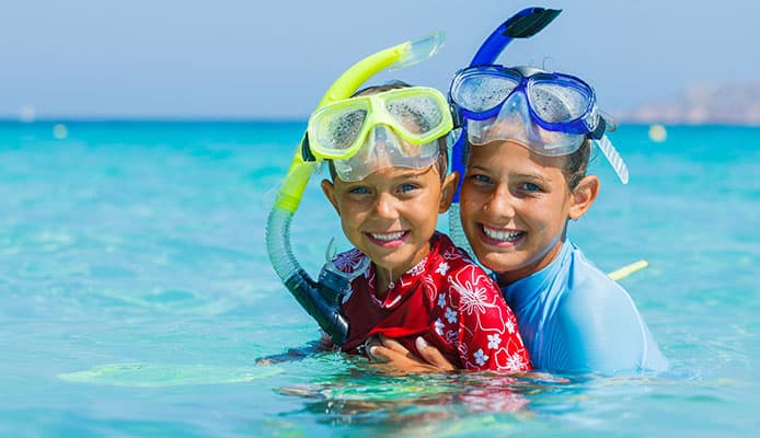 More_Tips_to_Keep_Your_Kid_Safe_while_Scuba_Diving