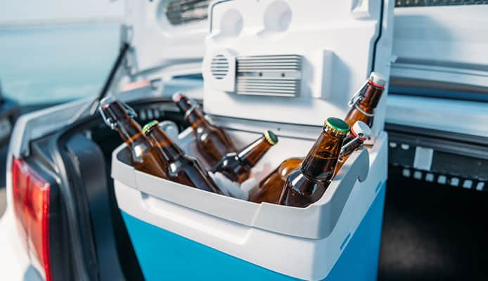 How_To_Choose_A__Wheeled_Cooler