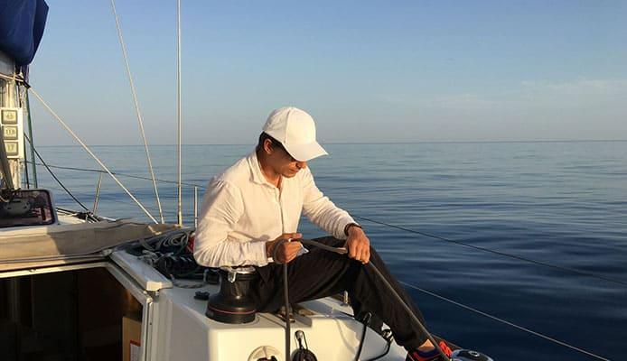 How_To_Choose__Sailing_Knives