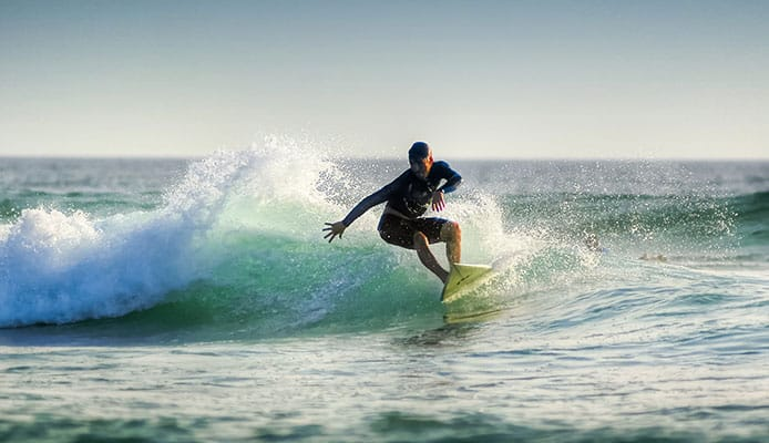 How_To_Pop_Up_On_A_Surfboard,_Surf_Pop_Up