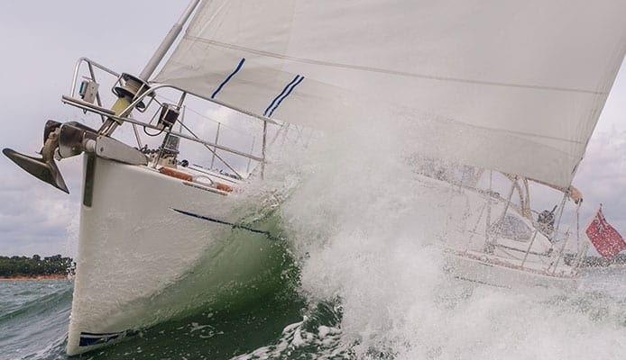 Sailing_In_A_Storm_The_Do_s_And_Dont_s_In_Storm_Sailing