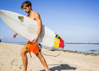Surfboard_Buying_Guide_How_To_Buy_The_Right_Surfboard