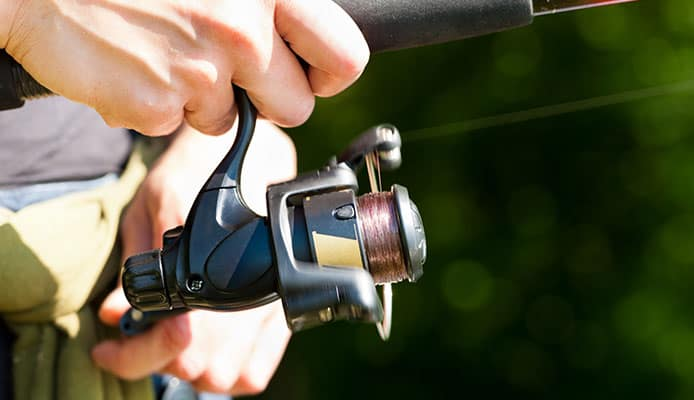 How_Do_Spinning_Reels_And_Underspin_Reels_Differ
