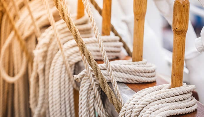 How_to_Whip_A_Rope_–_Step_by_Step_Guide