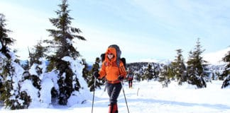Snowshoeing_For_Beginners_Best_Tips_For_First_Time_Snowshoeing