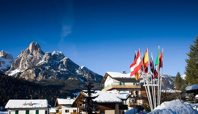 10_Best_Ski_And_Snowboard_Destinations_In_The_World