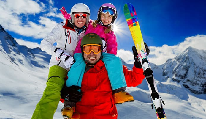 Do_You_Have_To_Wear_A_Helmet_Skiing