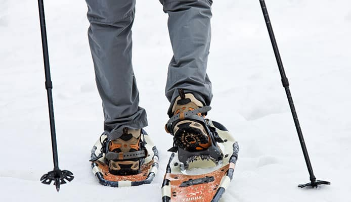 How_To_Choose__Boots_For_Snowshoeing