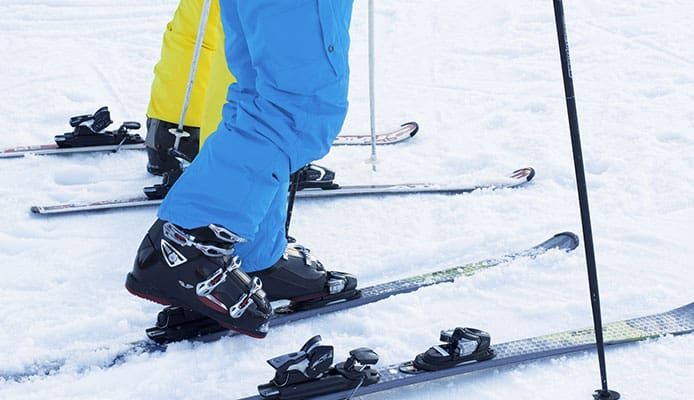 How_To_Put_On_Ski_Boots_And_Skis