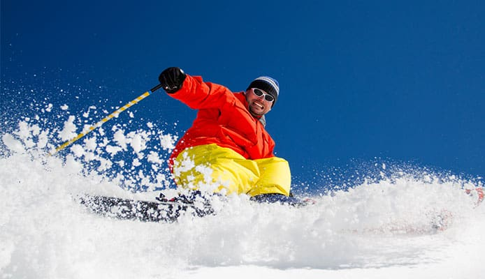 How_To_Stay_Warm_And_Protect_Your_Face_While_Skiing