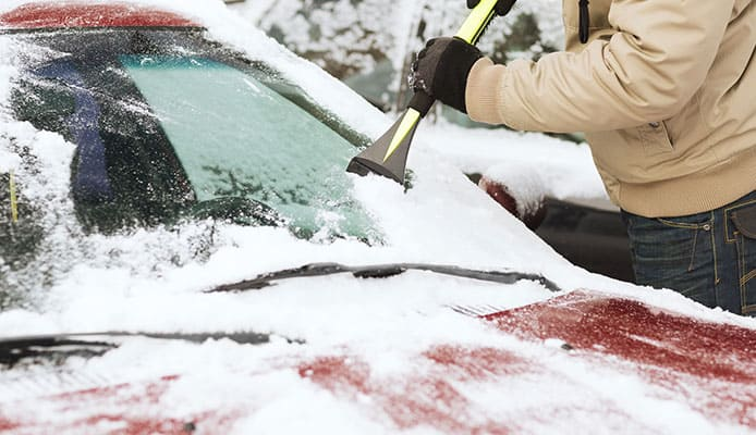 What_Are_The_Benefits_Of_Using_An_ICe_Scrapper