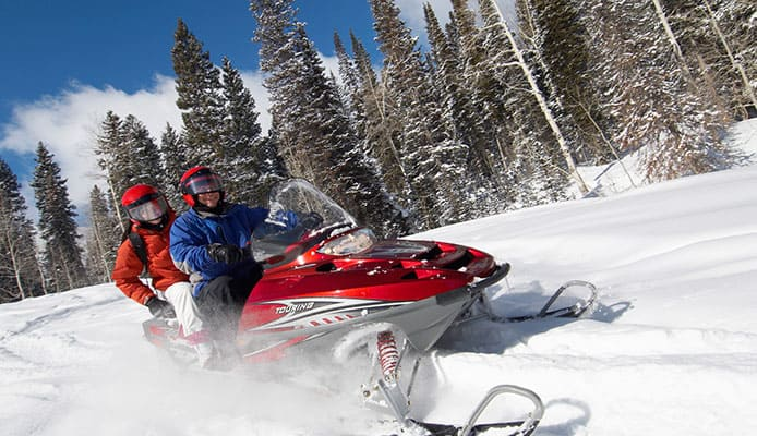 How_To_Choose_Snowmobile_Gloves