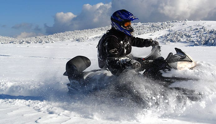 How_to_Choose_Snowmobile_Helmet