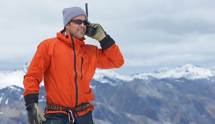5 Best Ski Walkie Talkies In 2021 🥇 | Tested and Reviewed by Snow Enthusiasts - Globo Surf