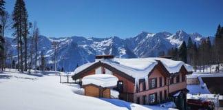 10_Best_Ski_Resorts_In_India