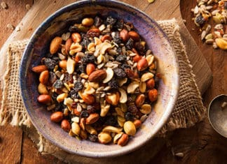 10_Trail_Mix_Recipes