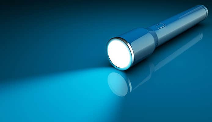 What's_a_Rechargeable_Flashlight_and_How_It_Works