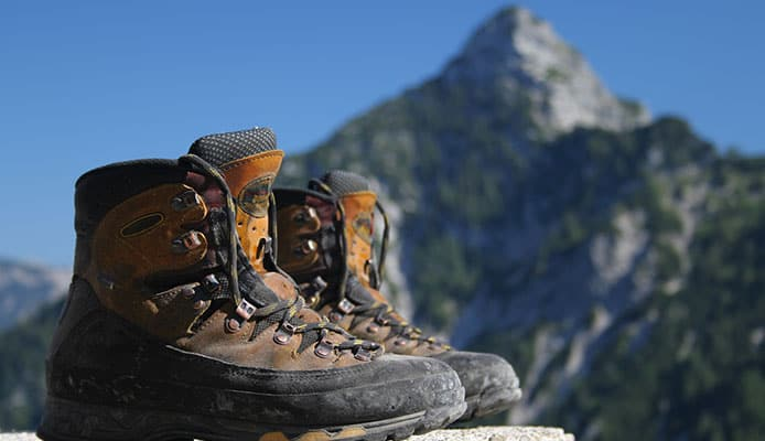 What_Are_The_Differences_Between_Hiking_Boot_And_Shoe