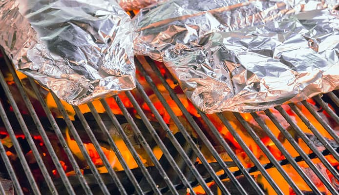 10_Aluminum_Foil_Uses_For_The_Outdoors