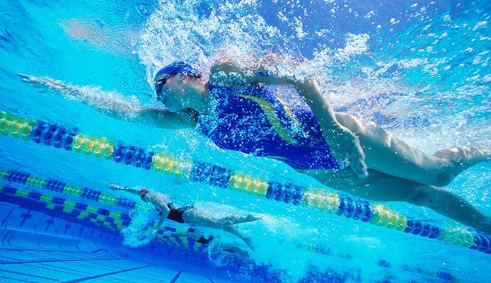 Bent-arm_vs._Straight-arm_Swimming