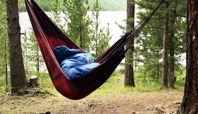 How_To_Choose_Sleeping_Pads_For_Hammock