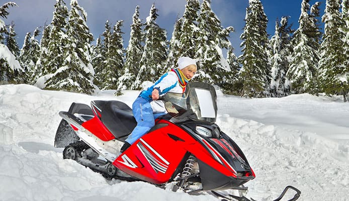 How_To_Choose_Snowmobile_Pants_&_Bibs