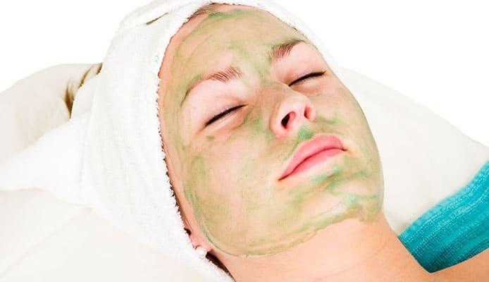 Part_2_Top_Benefits_of_Aloe_Vera_on_Face_Overnight