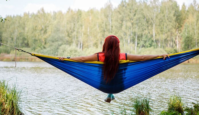 Winter_Hammock_Camping_A_Guide_to_Staying_Warm