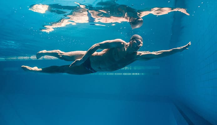 10_Health_Benefits_Of_Swimming_In_Cold_Water