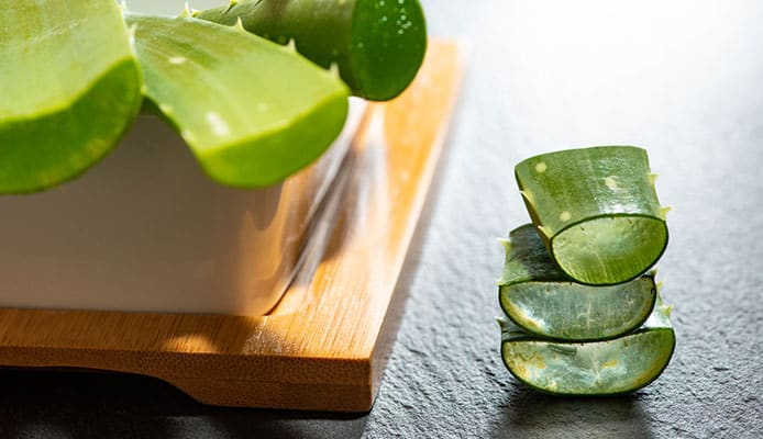 Aloe_Vera_For_Acne_Scars_Old_Or_New_Scars_-_This_Is_The_Solution