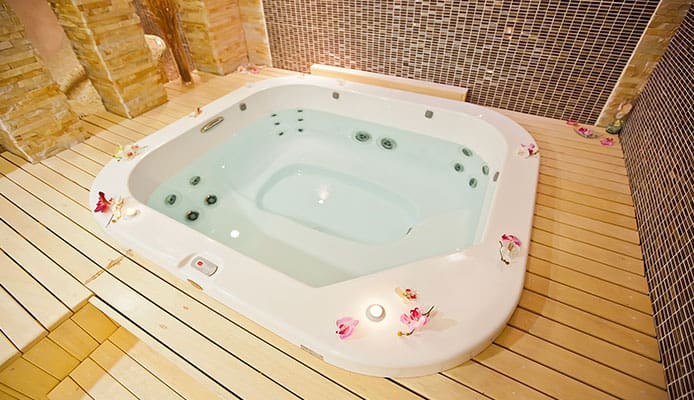 Ideal_Hot_Tub_Temperature_When_Not_In_Use