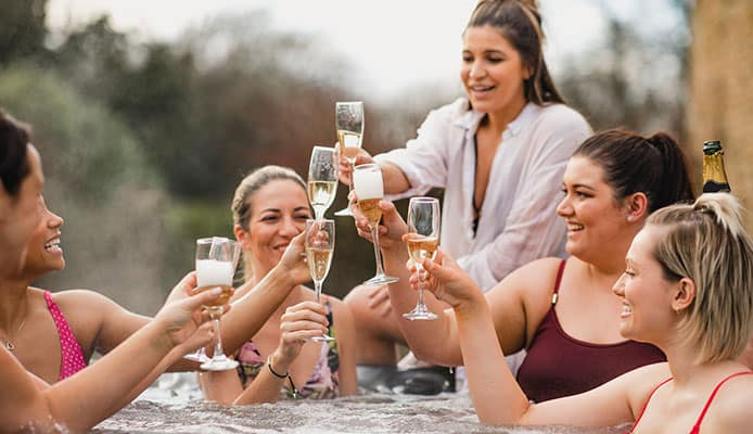 10_Best_Hot_Tub_Party_Ideas