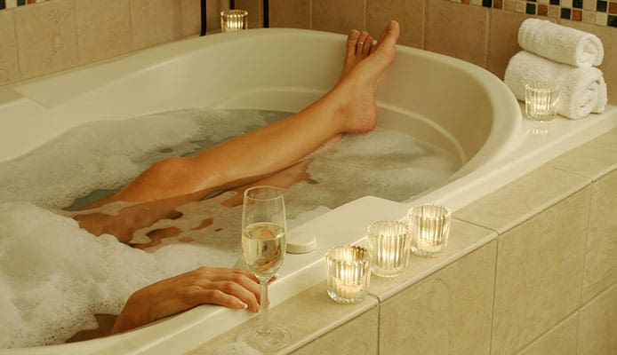 Can_You_Use_Epsom_Salt_in_A_Hot_Tub