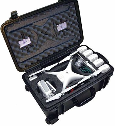 Case Club Waterproof Wheeled Case with Silica Gel