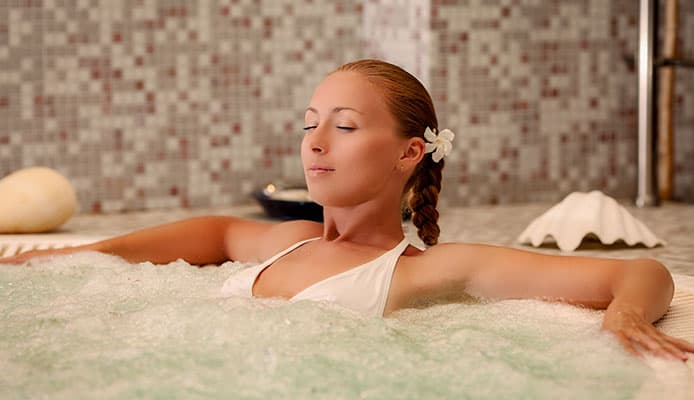 Hot_Tub_Meditation_Guide_For_Ultimate_Relaxation