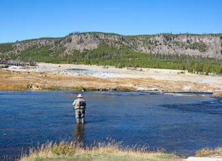 10_Best_Fly_Fishing_Wyoming_Hot_Spots