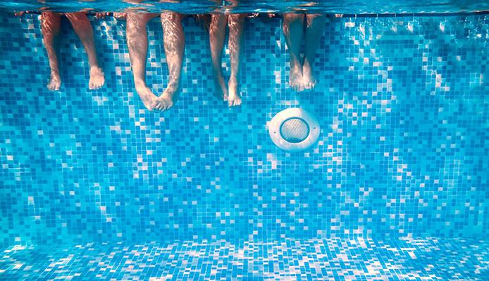 10_Immediate_Benefits_Of_Salt_Water_Pool